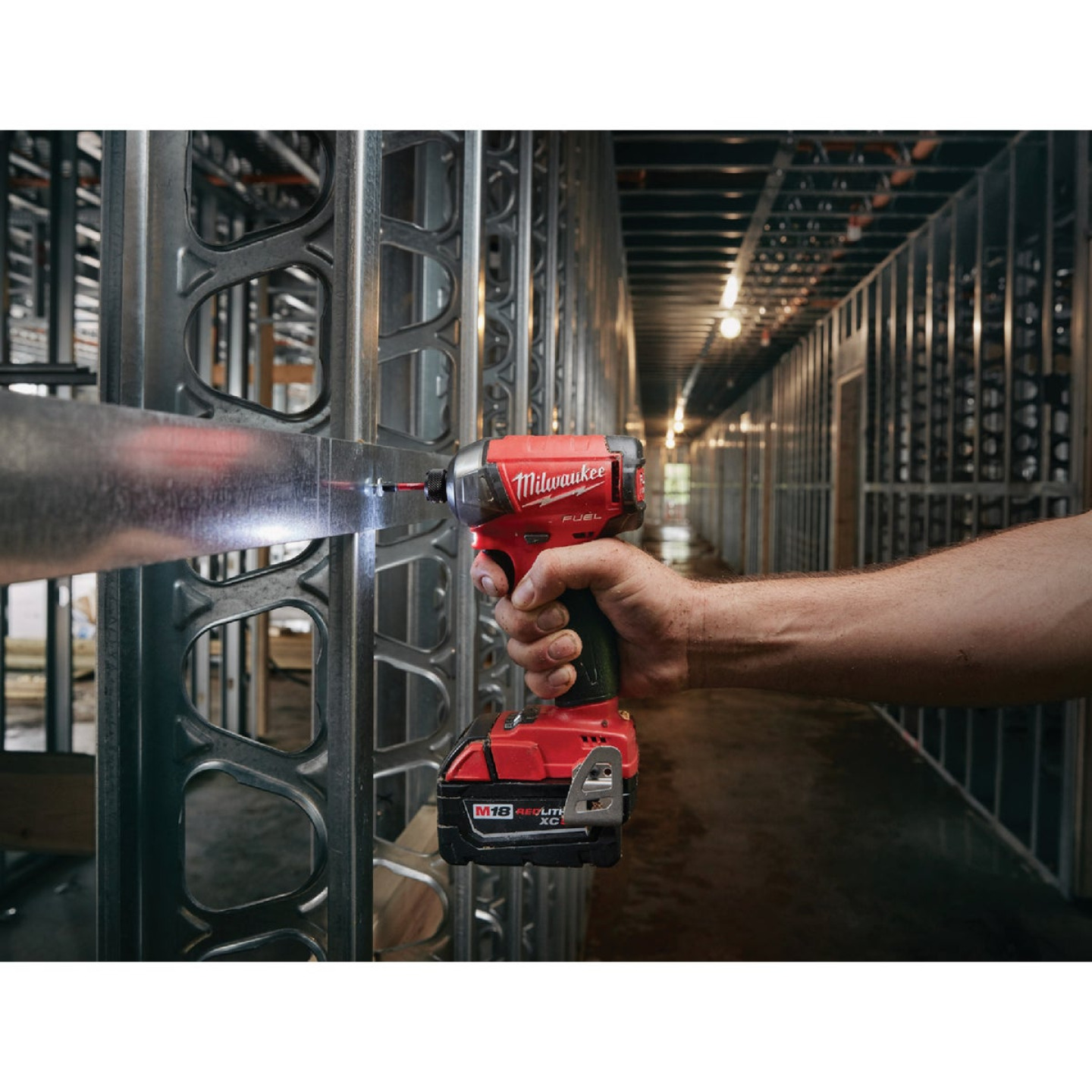 Milwaukee M18 FUEL SURGE 18 Volt Lithium-Ion Brushless 1/4 in. Hex Hydraulic Cordless Impact Driver (Bare Tool) Image 2